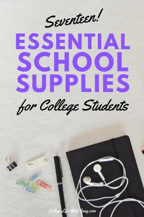 Must-have school supplies for college freshman. Click to print the FREE checklist! #college #student #freshman #freshmen #school #collegeblogger #collegetips #freshmantips #collegestudent #backtoschool #collegelife #studentlife #university #uni #collegebound #schoolsupplies #FreePrintable #FreePrintables #Printable #Printables
