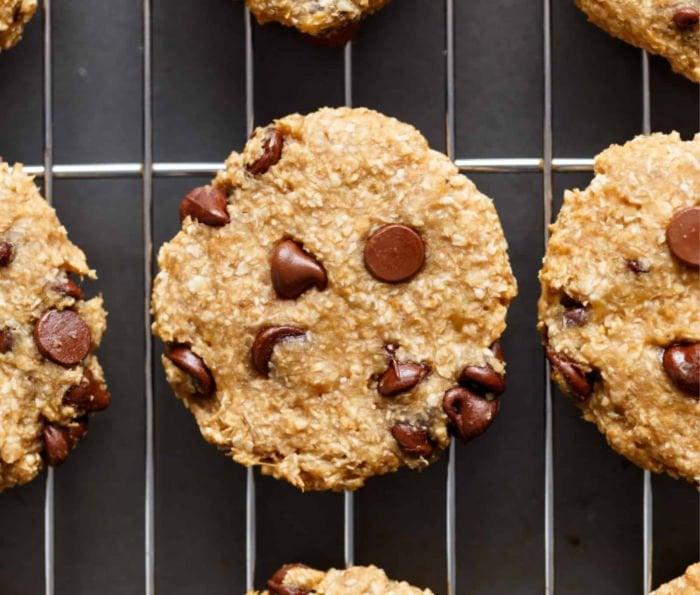 healthy college meals - 2 ingredient breakfast cookies