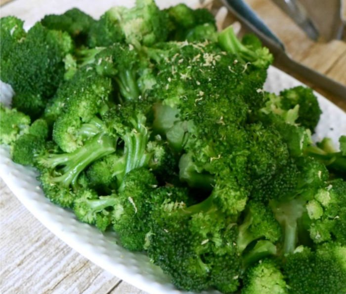 healthy food for a college student - broccoli