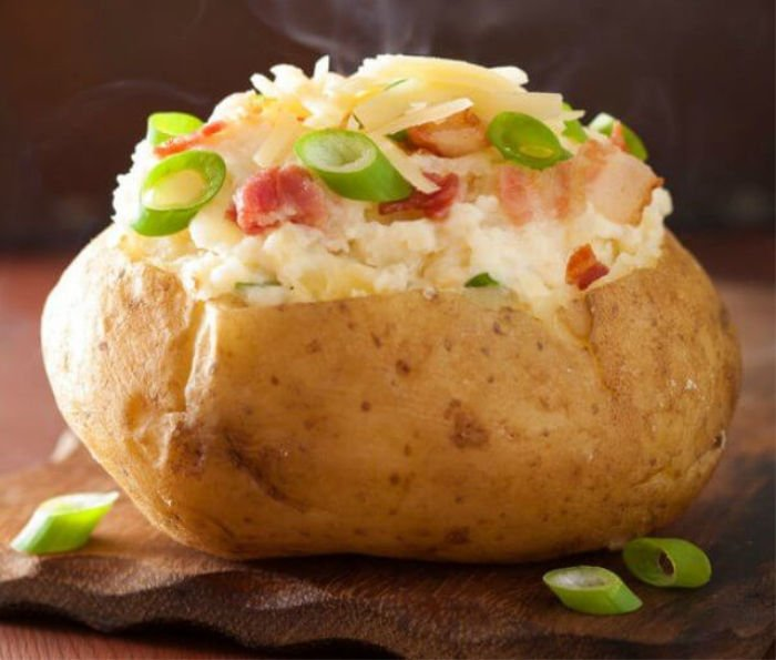 healthy recipes for students - microwave baked potato