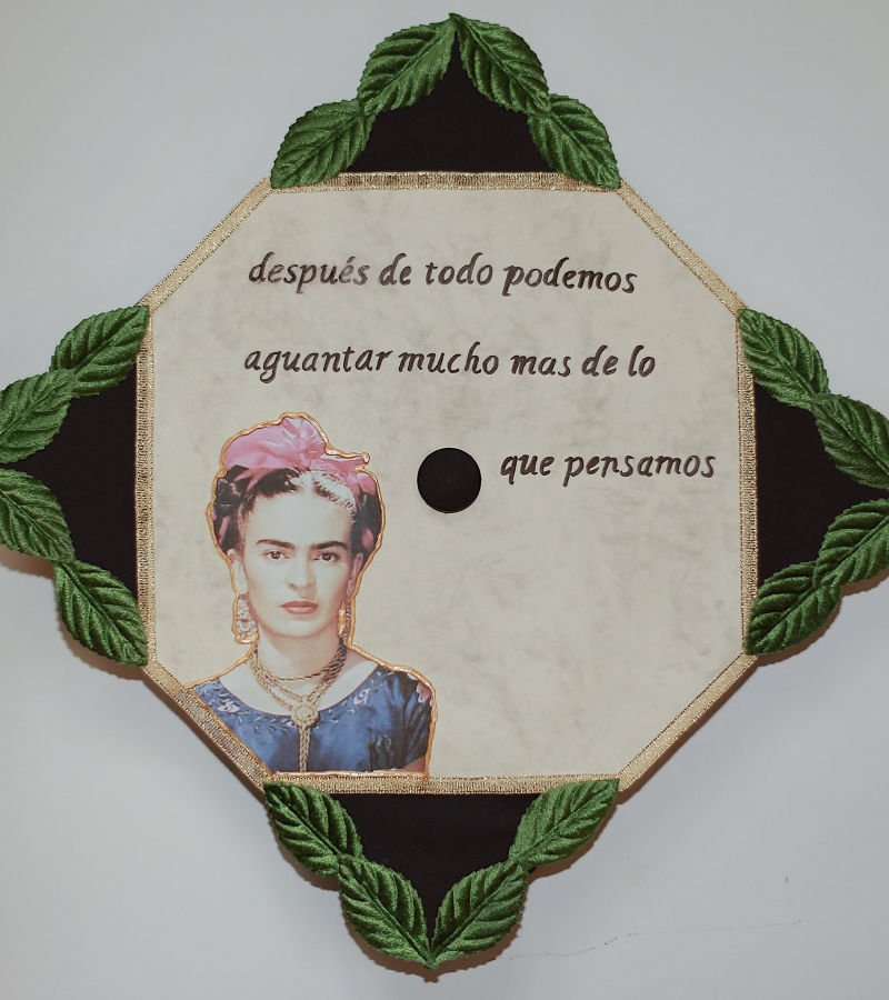 spanish graduation caps