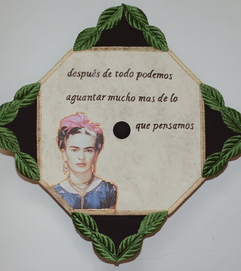 spanish graduation caps
