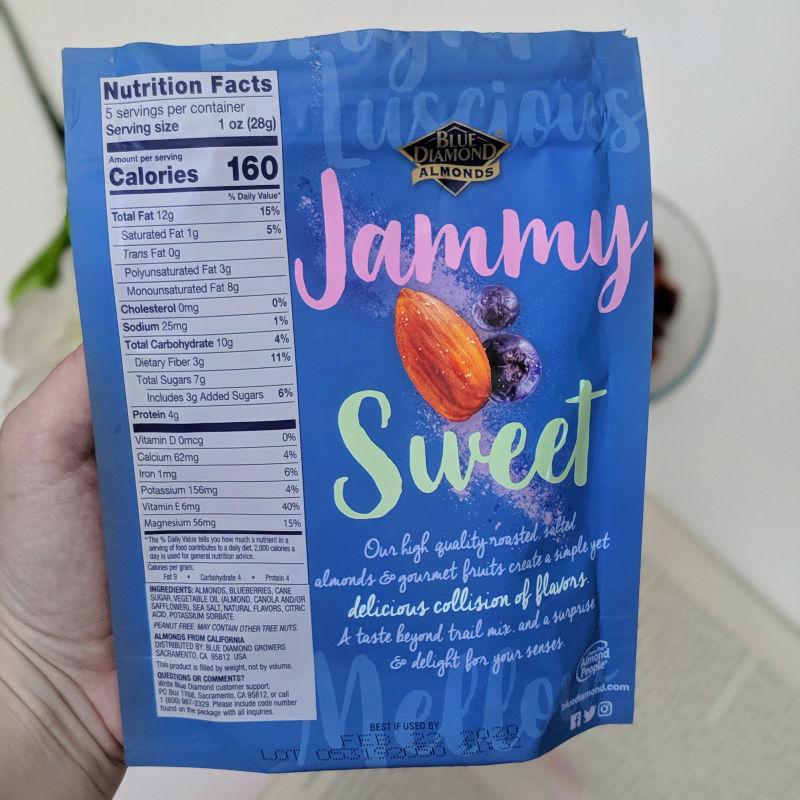 sea salt blueberry almonds & fruit back of bag