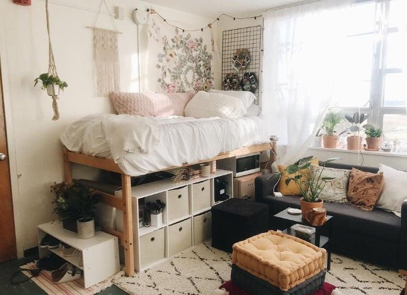 cute tidy girls dorm room