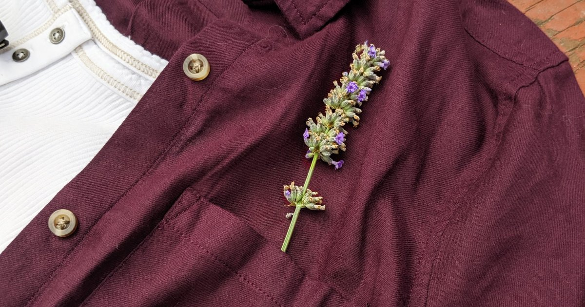 maroon SO brand top with lavender in the pocket