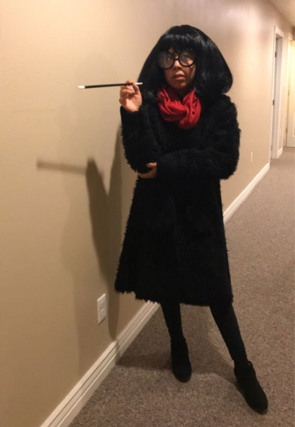 Edna from the Incredibles Halloween costume idea