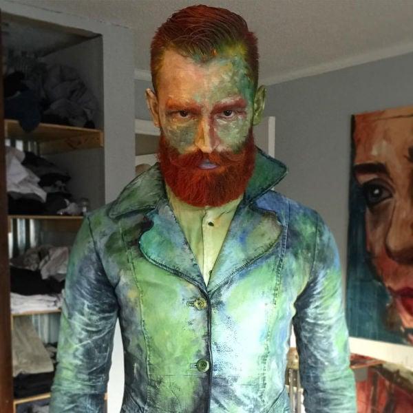 guy in a Van Gogh costume