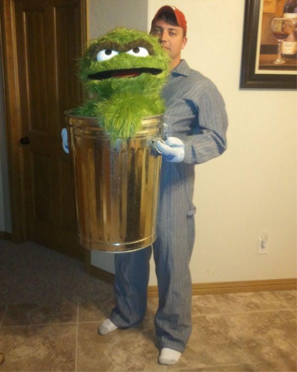 dude in an amazing DIY Oscar Halloween costume