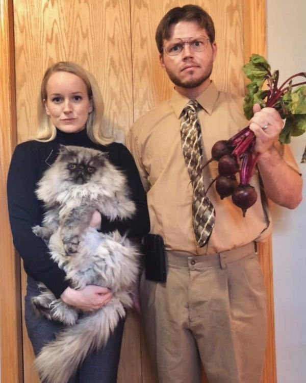 couple dressed as Dwight & Angela