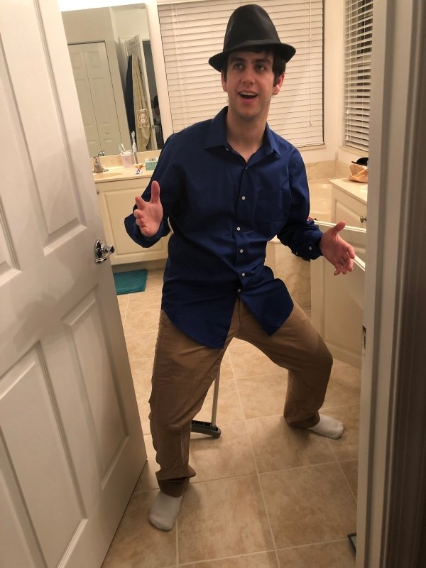guy dressed as mannequin for Halloween