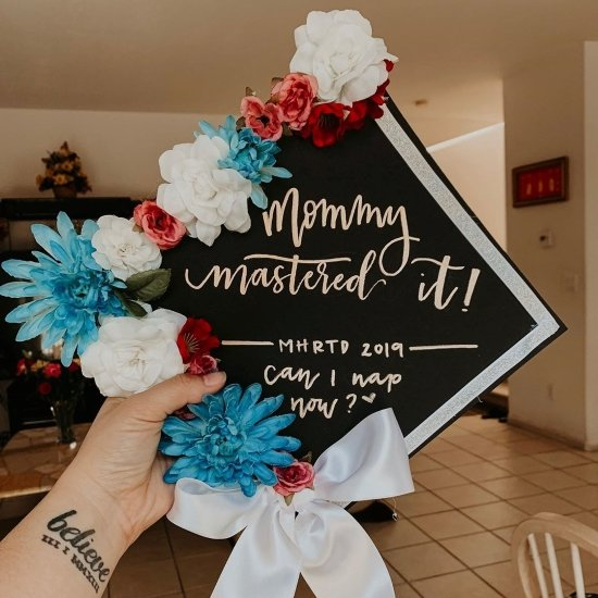 mommy mastered it! grad cap with flowers