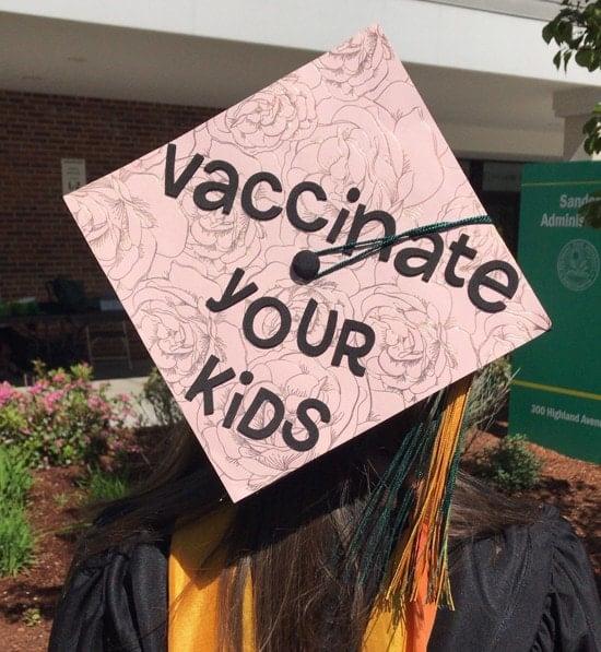 """pink nurse grad cap decoration that reads, """"vaccinate your kids"""""""
