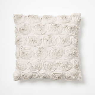 Dormify rose pillow in white