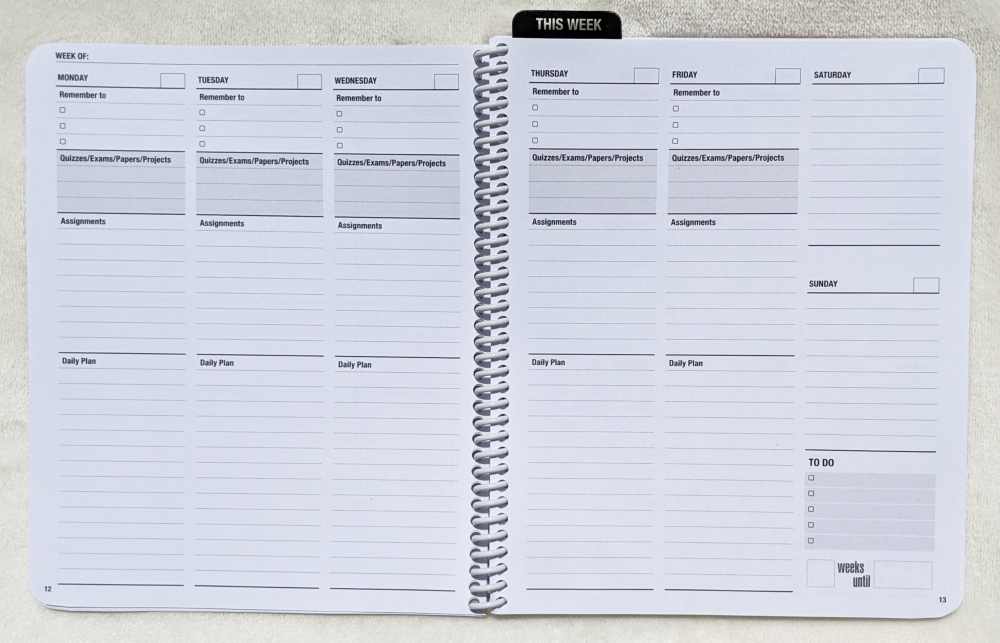 2-page weekly planning spread in the Class tracker academic planner