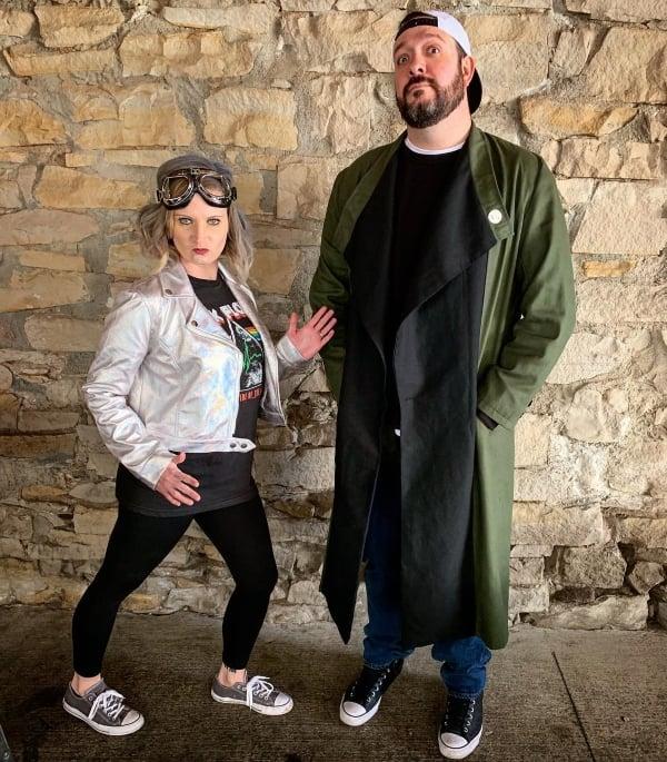 couple wearing Silent Bob inspired Halloween costumes